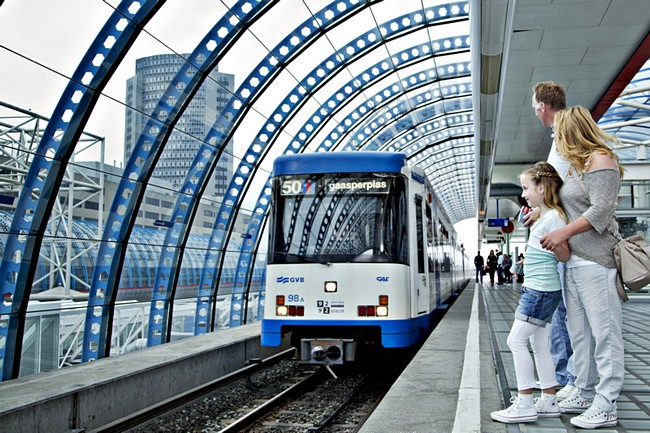 Metro met kind